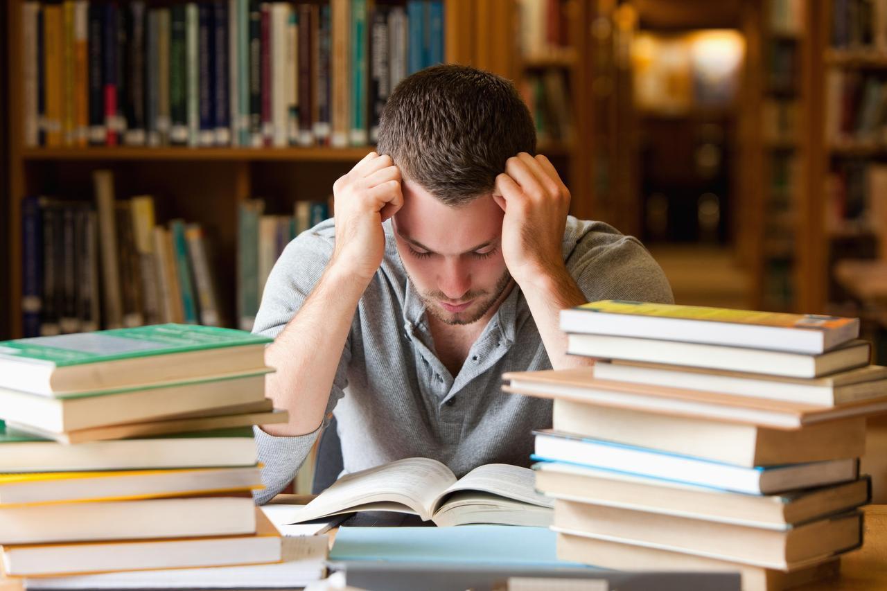 Quale Luce Per Studiare illuminazione ideale per studiare: come trovare la giusta luce