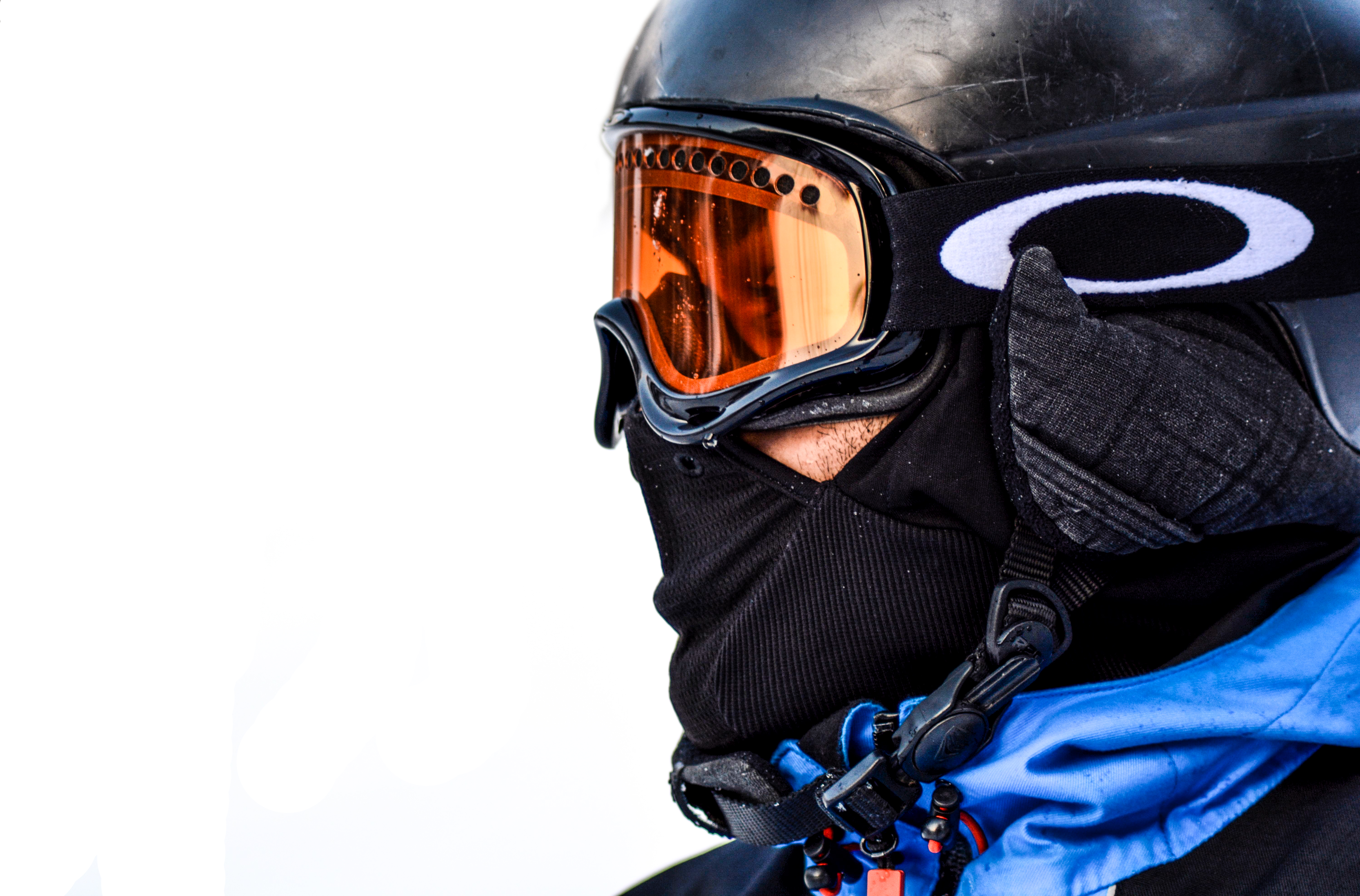 proteggere gli occhi dal freddo in inverno