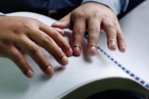 leggere il Braille